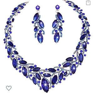 Blue crystal necklace and earring set